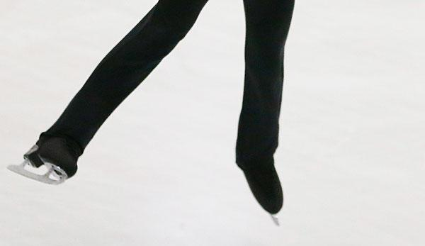 Figure Skating: Pair-skating Olympic Champion Volosozhar/Trankow finishes his competition career